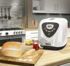 Morphy Richards 48281 bread maker next to some bread